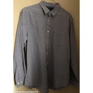 Banana Republic Button Up Shirt Size L